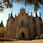 【スペイン巡礼21日目】アストルガのガウディ建築がまるでお城!